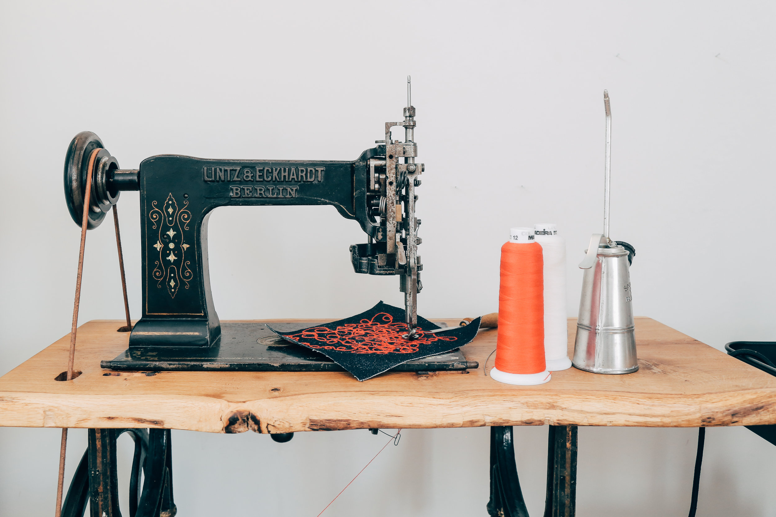 Lintz & Eckhardt 11 Cornely K vintage chainstitch embroidery machine 12