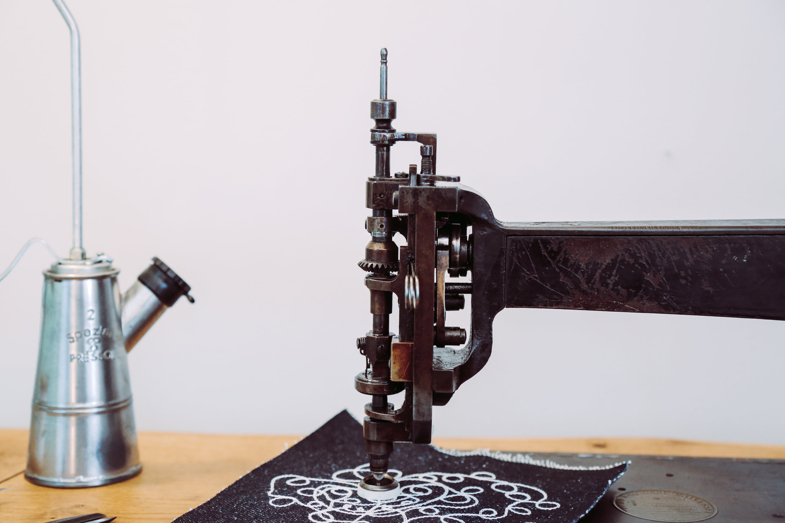 Chainstitch Machine Cornely A Singer114w103 Saintchains Artisan Embroidery