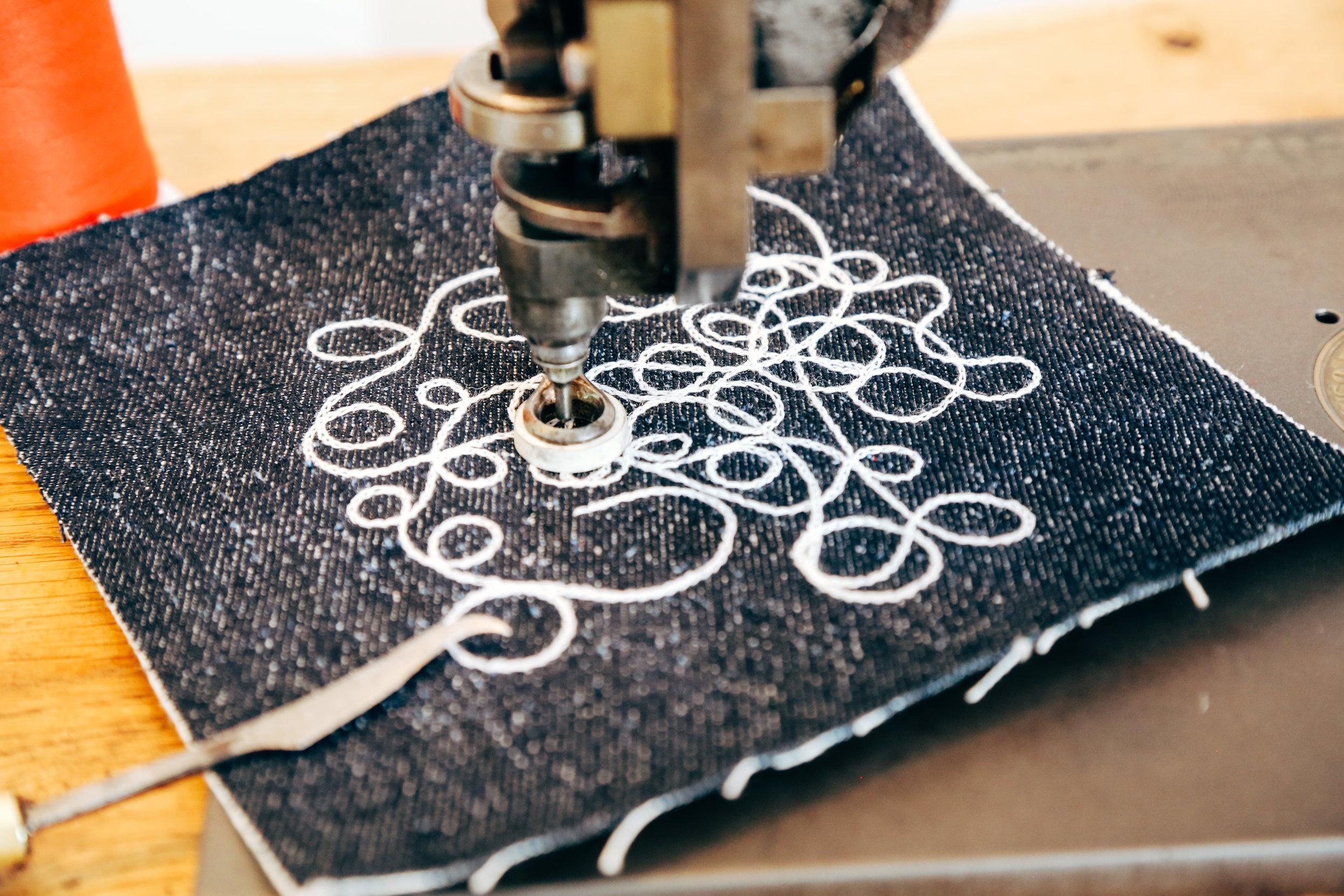 chainstitch-closeup-cornely-a-machine-moss-artisan-embroideryart.jpg