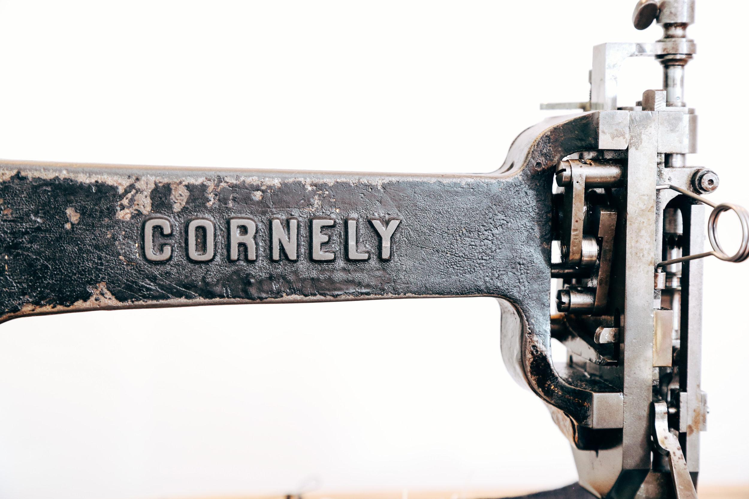 cornely-closup-a-chain-stitch-machine-singer-114w013-lintz-eckhardt.jpg