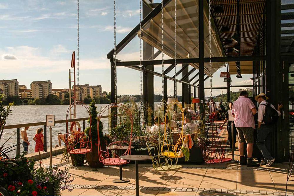 Piren restaurang och bar - Kristinebergs Strand 2restaurang_piren @ Instagram