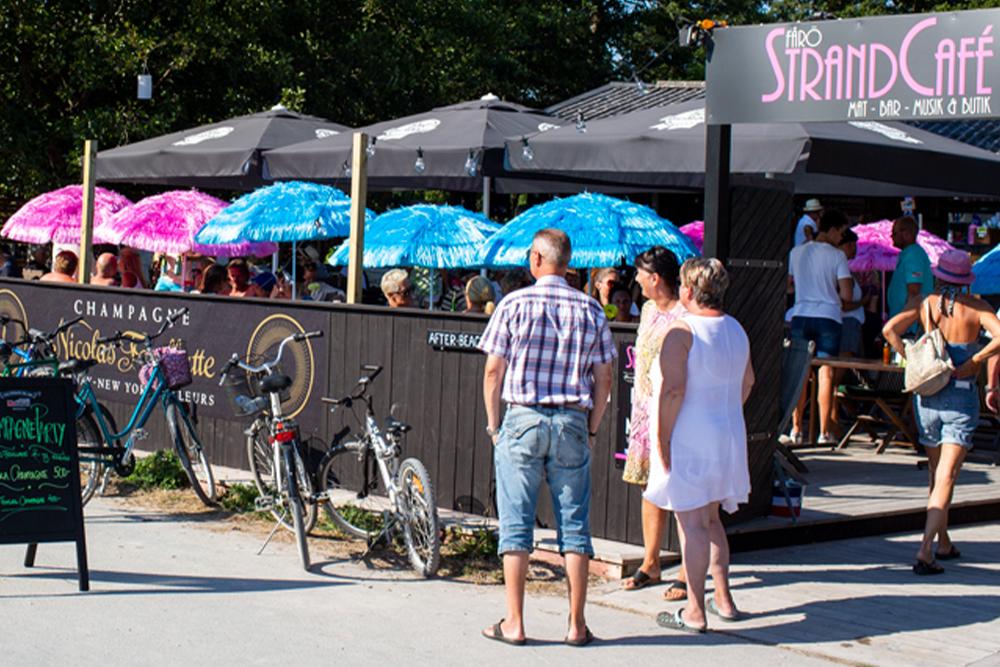Fårö strandcafé - Sudersand 4811farostrandcafe @ Instagram