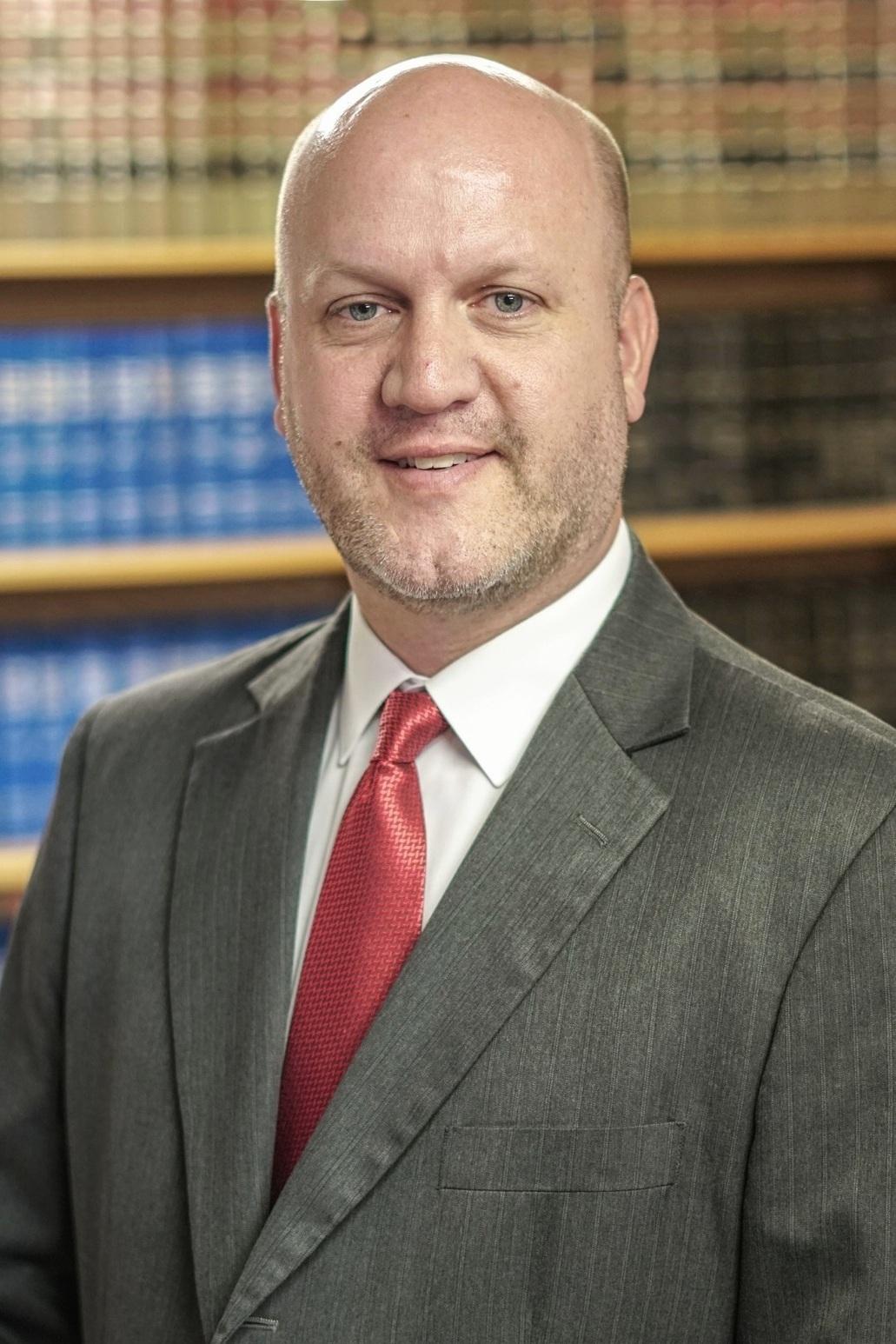 Robert Green   Associate