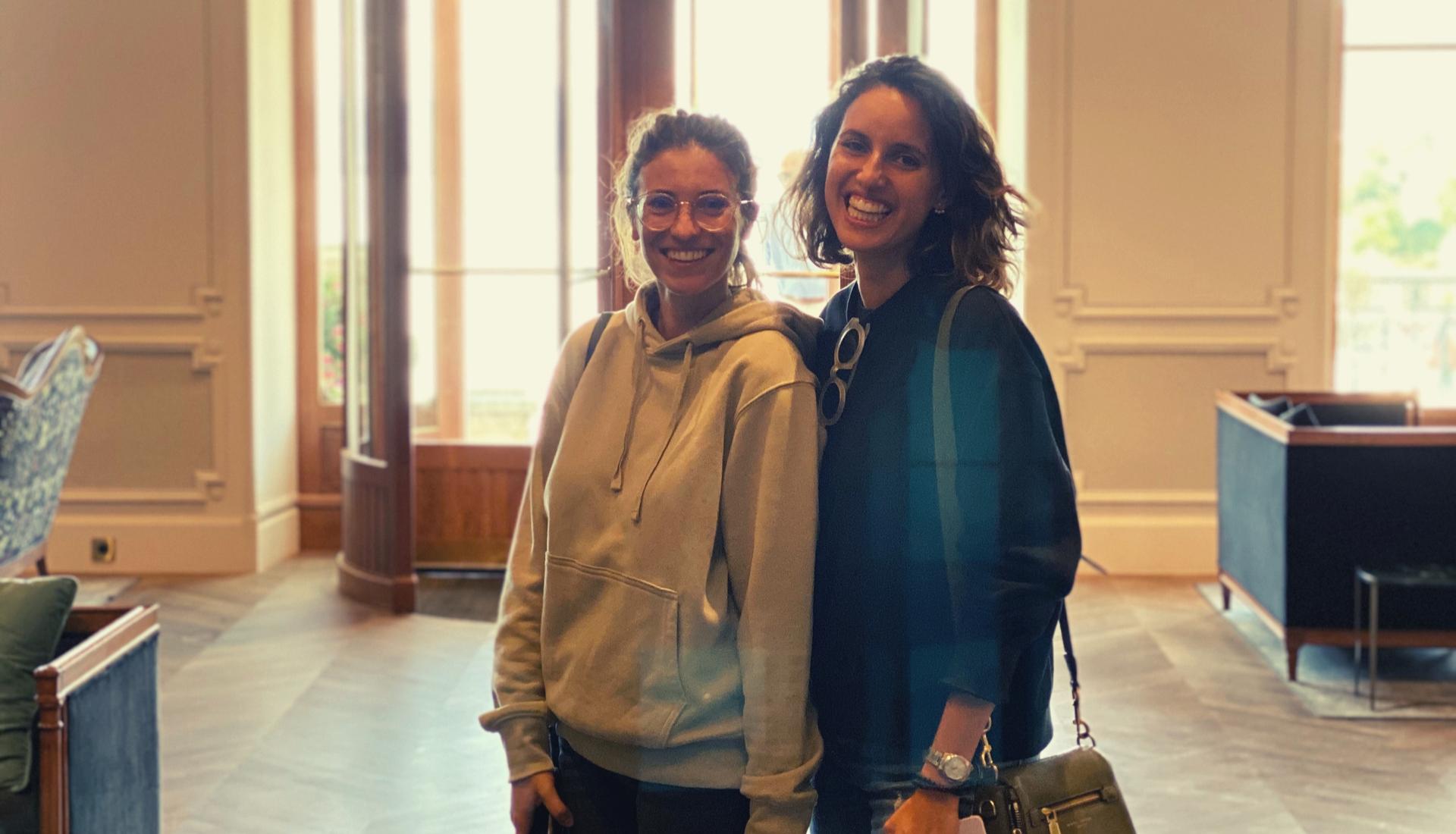 Nous faisons la différence - Nomads est née de la passion commune de ses deux co-fondatrices, Isabelle + Victoria, pour l'univers automobile.Amies depuis plus de 15 ans, chacune a exploré des voies différentes pour finalement se retrouver et créer ensemble une aventure à l'image de leurs personnalités : humaine et fun.