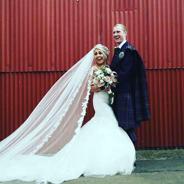 Good times outside the big red barn @dalduffbarn. A great venue especially on a sunny day!  #daldufffarm #dalduff #ayrshire #ayrshireweddings #ayrweddings #cinematicwedding #edinburghweddingvideo #edinburghweddingvideographer #weddingvideographer #weddingfilm #rusticweddings #farmwedding #vintagewedding #coolcouple