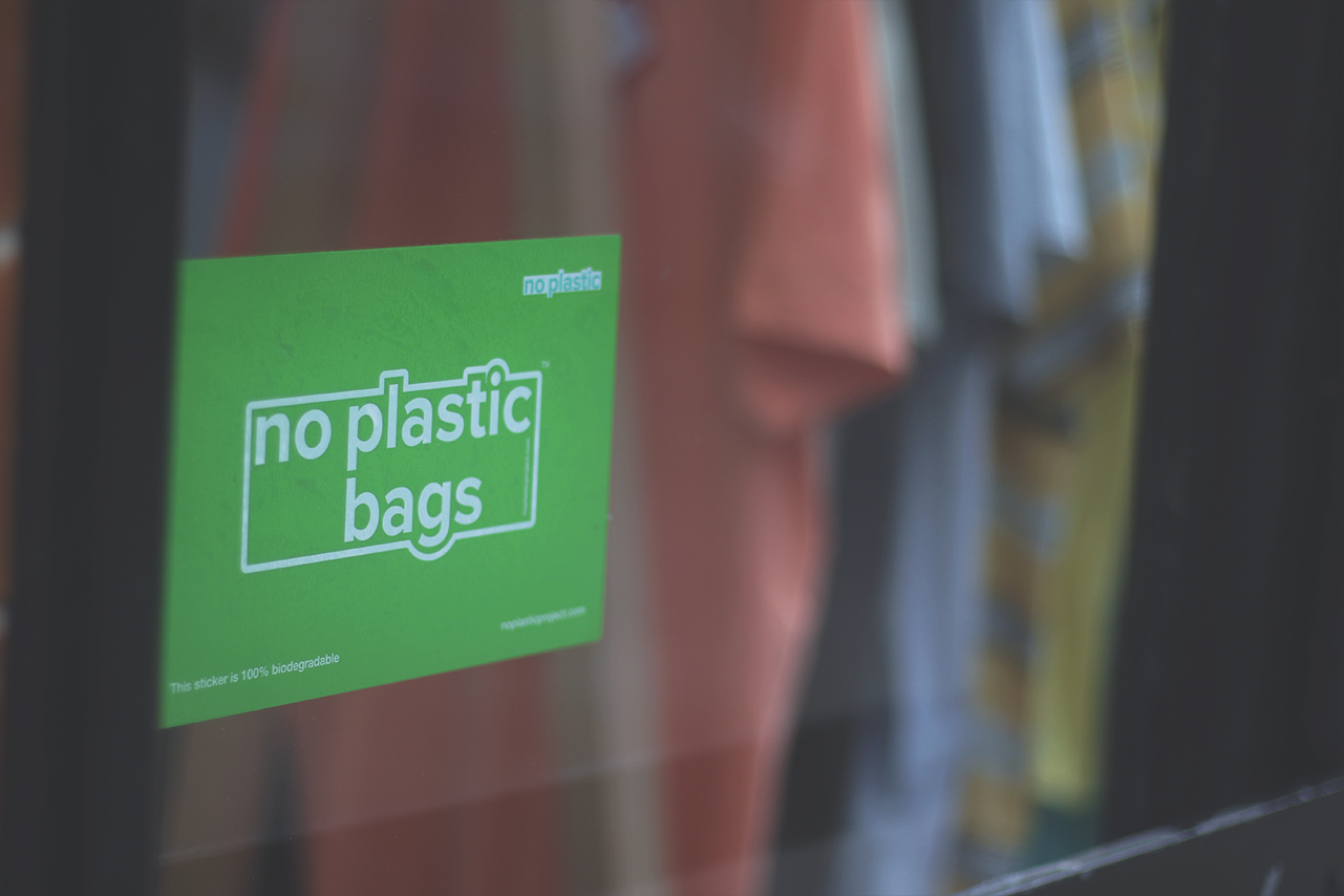 No Plastic Bags sticker in Outsiders Store [Landscape].jpg
