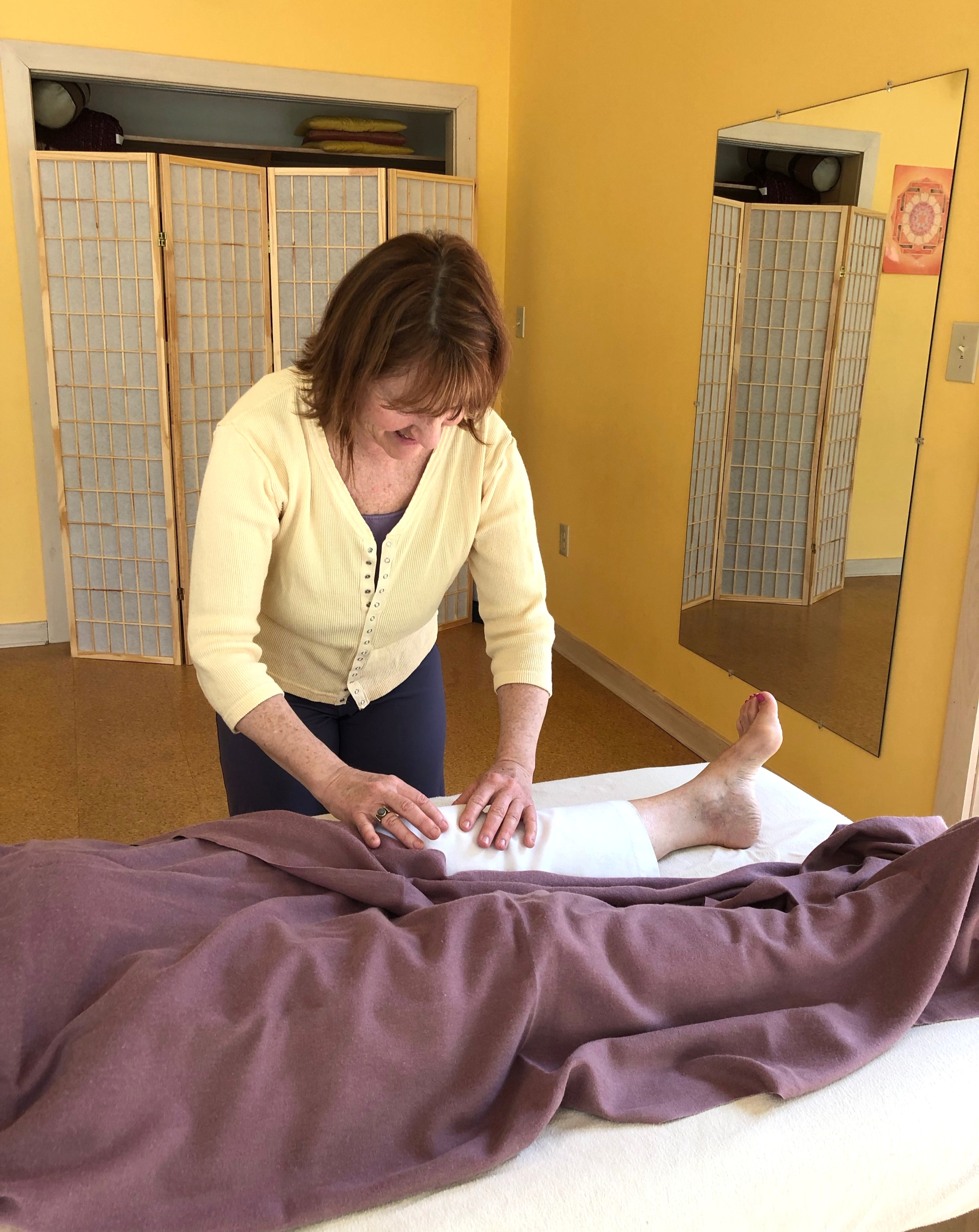 Working with Darcy - We begin by assessing your needs through an exploration of your history, previous treatments, and most pressing concerns. Together we develop a plan utilizing the various approaches and modalities that will work best for you, such as Bowenwork, Yoga Therapy or MSTR.As your practitioner I provide you with close, personal attention every step of the way. Each session involves moment to moment assessment of your patterns of movement, patterns of compensation, limitations, bracing or gripping, breathing, strain, and more. Personalized coaching each step of the way - in language you can easily follow - helps you get the most from each session.The pace and frequency of your sessions is developed to fit into your schedule and needs. Get the support you need, and see results with one-one-one support.Private sessions have the potential for fastest progress.