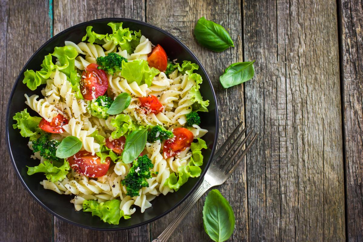Heeva- Salads 1.png
