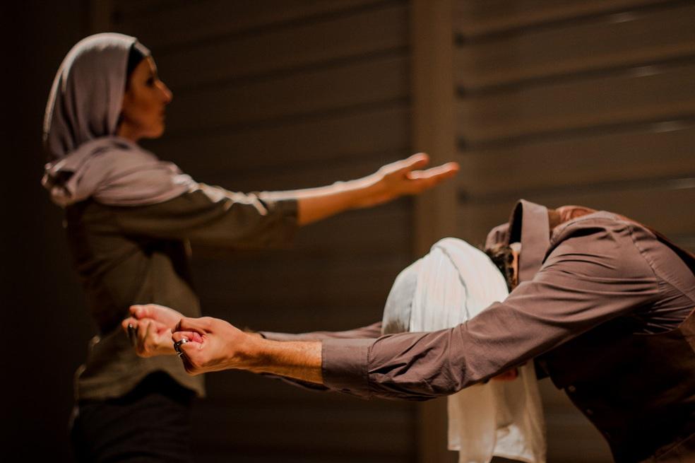 Noites ÁrabesArabian Nights - 2016 | teatro • theatre | direção, iluminação e cenografia • director, lighting and set designer