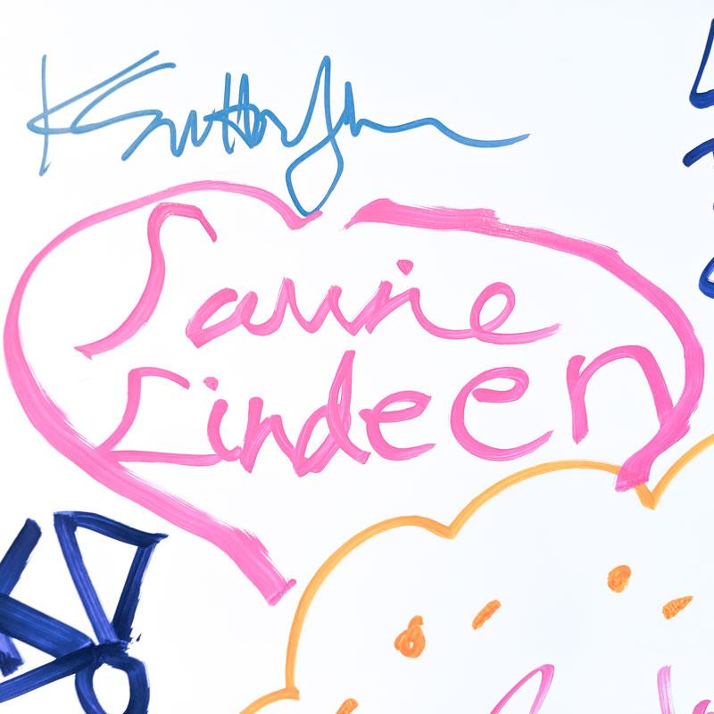 laurie-lindeen-signature.jpg