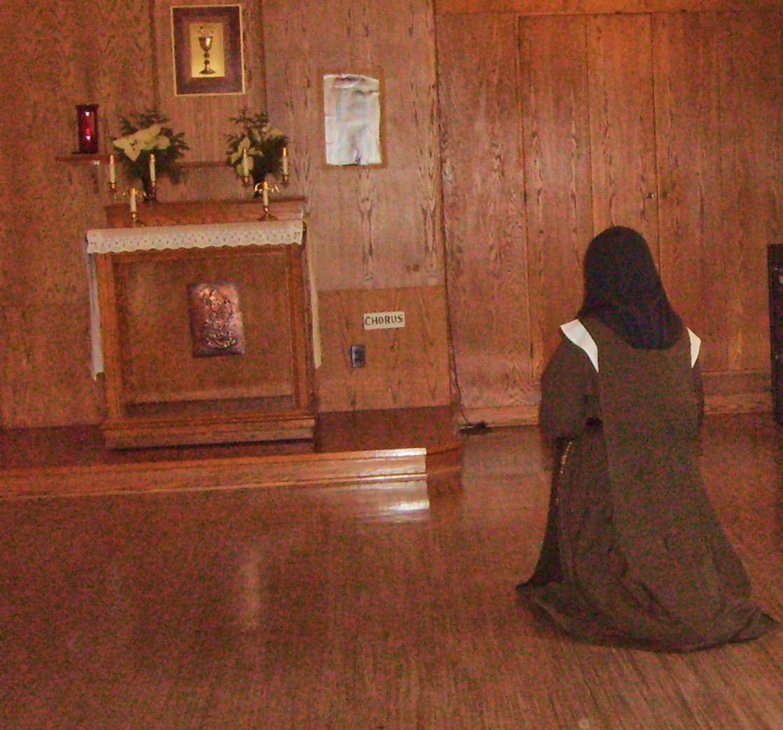 carmelite-in chapel.jpg