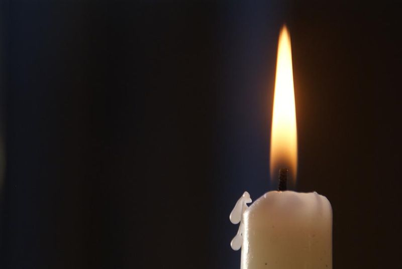 candle-in-the-dark-2