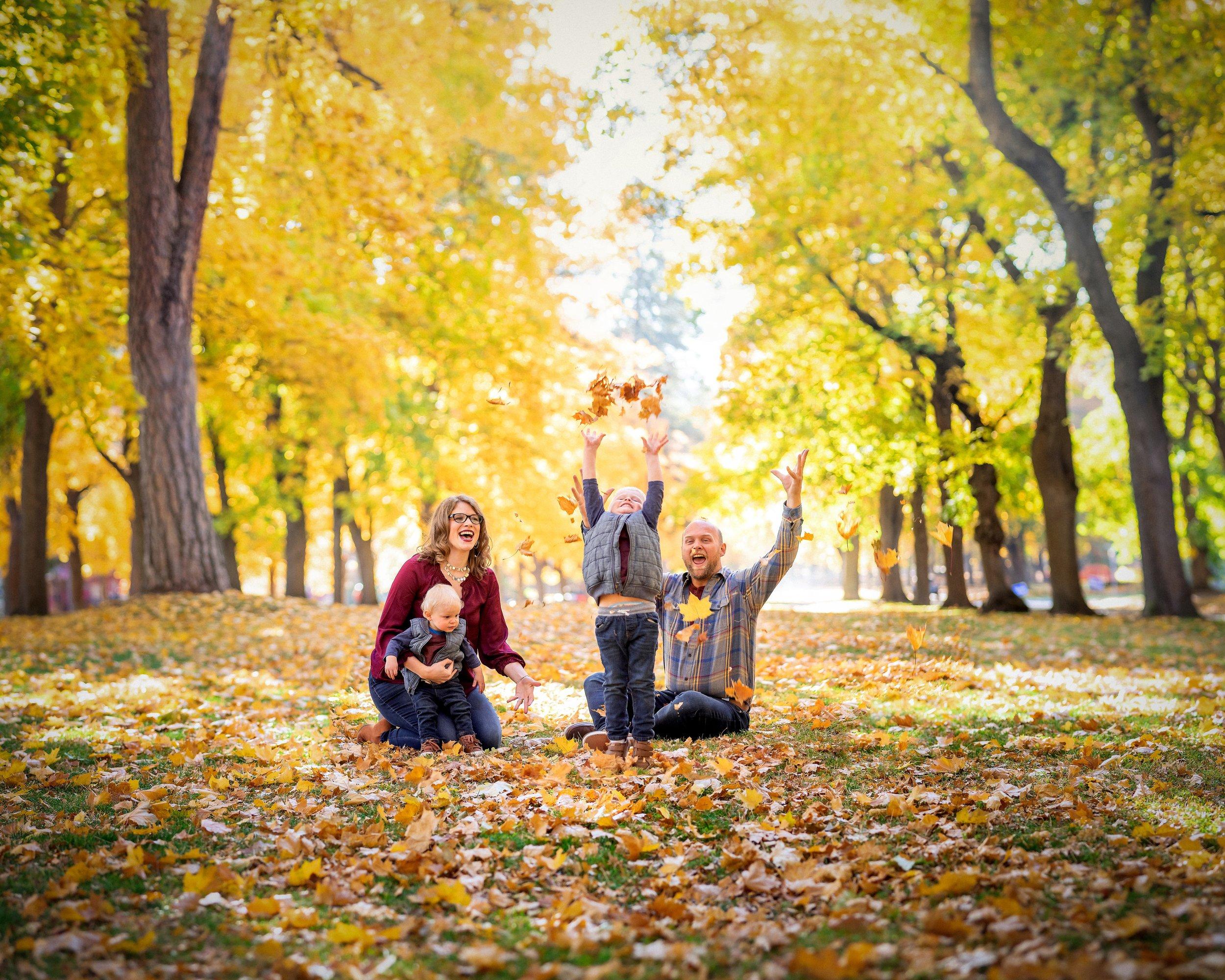 Family Portraits in Manito Park Spokane, WA
