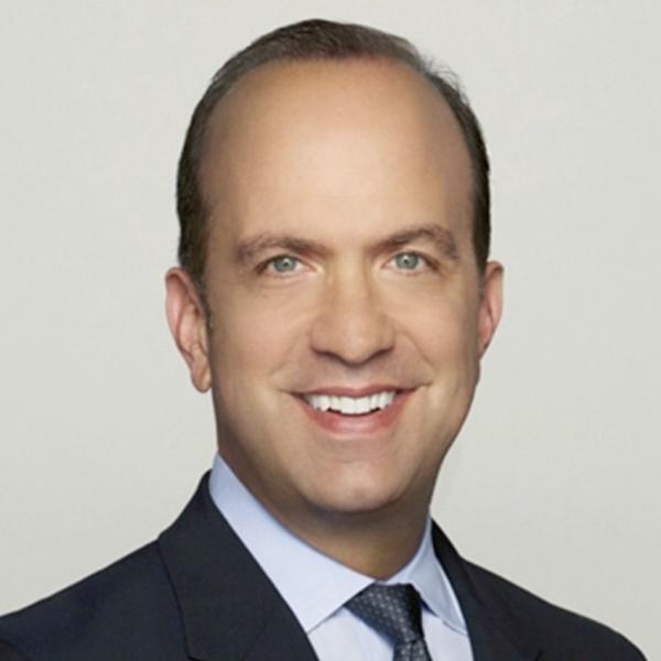 Ben Sherwood - Ex Codirector, Disney Media Networks; Expresidente, Disney ABC Television; Autor Exitoso