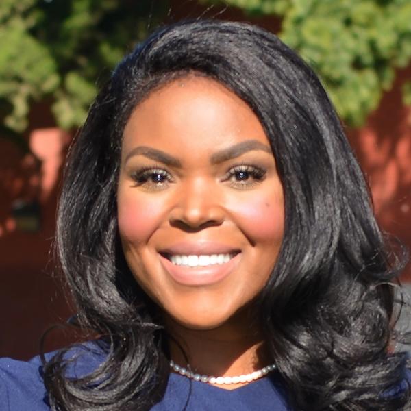 Aja Brown - Alcaldesa, Ciudad de Compton, California