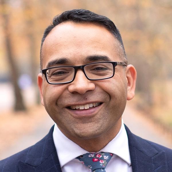 "Dr. Krish Kandiah - Fundador de ""Home for Good""; Consultor y Emprendedor Social"