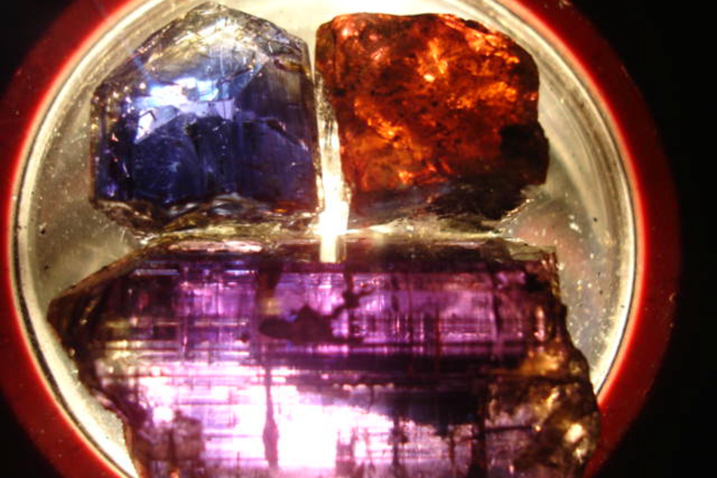 Natural trichroic tanzanite seen under incandescent lighting conditions.