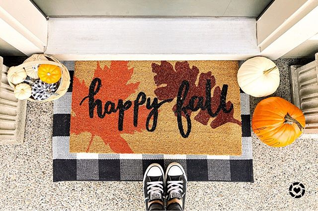 🍂 Happy fall! 🍂 a couple of months ago, I shared that I was trying to find a way to decorate my front porch for every season without having to spend a ton of money each time I wanted new decorations. I'm actually super happy with how this turned out (minus flowers in the pots for now) and I was able to spend less than $25! I linked everything in my LIKEtoKNOW.it profile, the link is in my bio!  Also if you want to hear the story behind this post you can check out my stories. #reallife #sillyproblems  Download the LIKEtoKNOW.it shopping app to shop this pic via screenshot http://liketk.it/2FfTe #liketkit @liketoknow.it #LTKhome @liketoknow.it.home #targetfinds #homedecorideas #xoxolovelaura #homedecorations #frontporchdecor #porchlife #diyhomedecor #lifestyledesign #targetdoesitagain #targethome #diyprojects #diyhome #decoratingideas #portlandnw #discoverunder2k #ltkhome #pdxblogger #portlandblogger #fallhomedecor #falldecor #falldecorations #pumpkineverything #embracethebasic