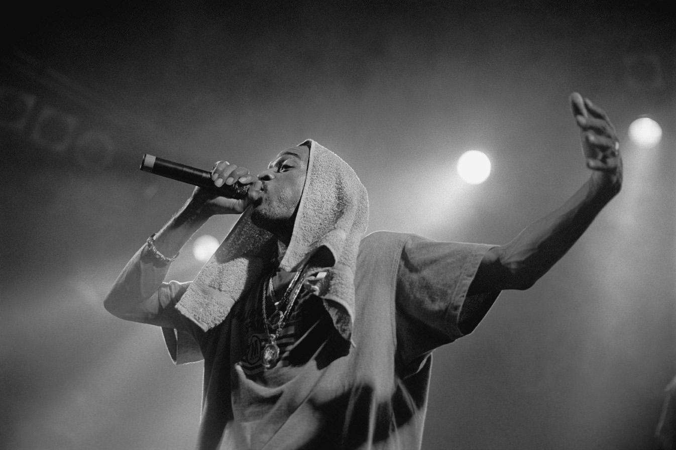 Rakim performing in Hamburg, Germany, June 3, 1998
