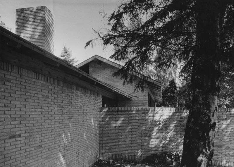 Copy of Gunløgssons eget hus, Vedbæk, 1952.