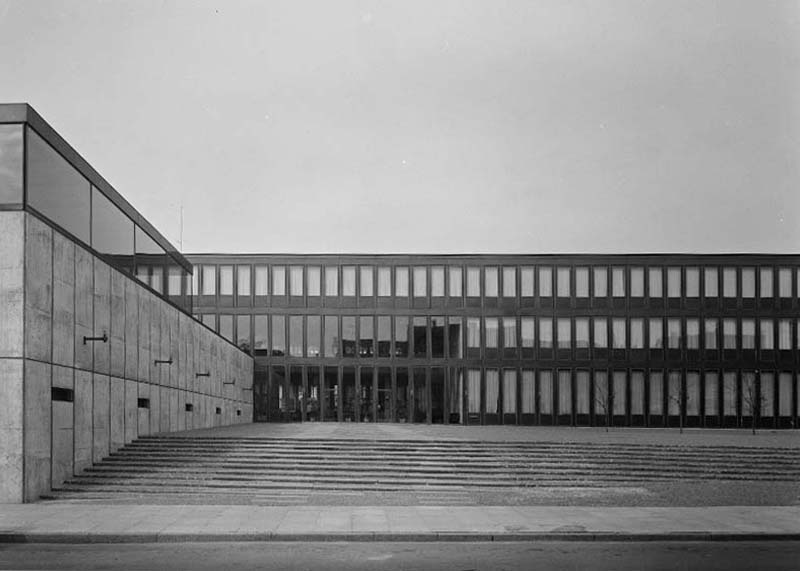 Copy of Fredericia Rådhus, 1965. Foto: Keld Helmer-Petersen
