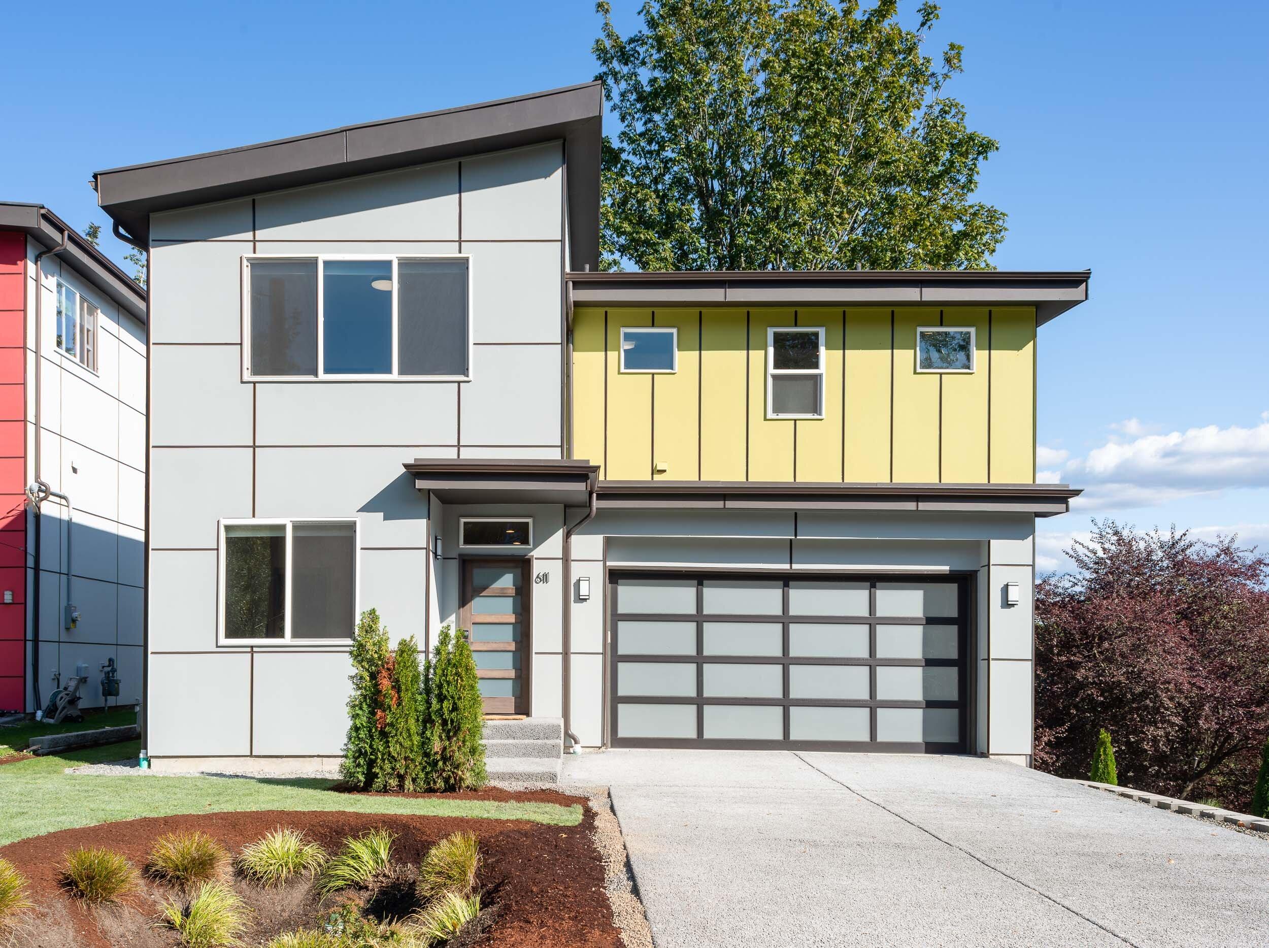 PENDING: West Seattle Modern New Construction - $845,000 | BR: 4 | BA: 2.5 | 2,400 SQ. FT.