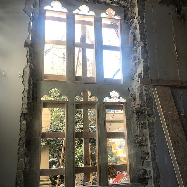 Melbourne University Old Quadrangle Building  restoration works of the heritage tracery window.  #heritage #restorations