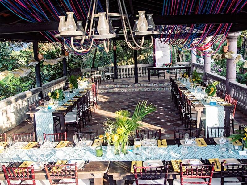 carolynne cody wedding decorator designrock creek.jpg