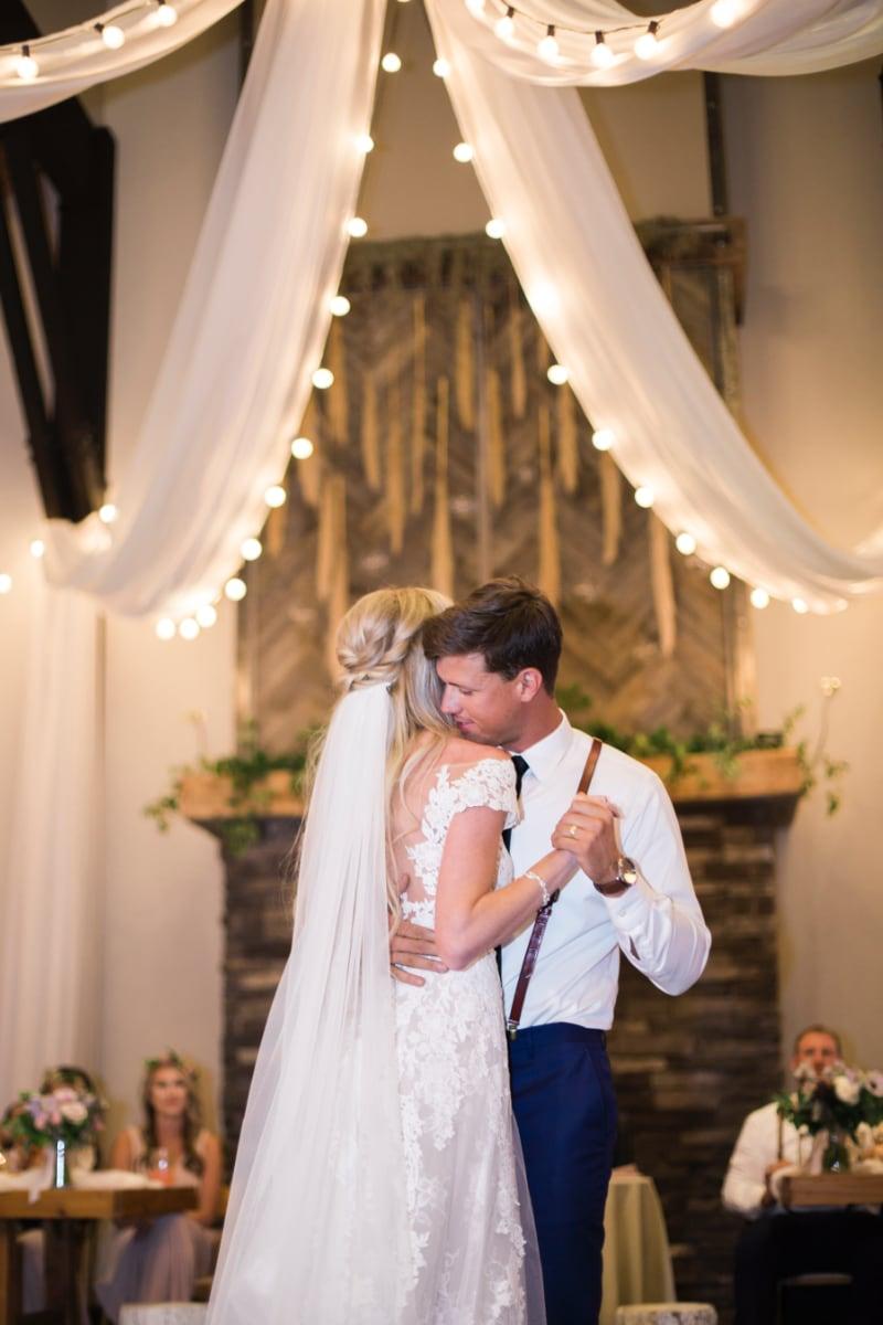 faith nick montana wedding decoration & design.jpg