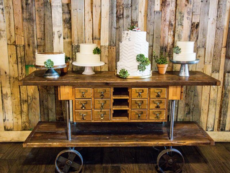 kelly josh pub station mt wedding decor designs.jpg