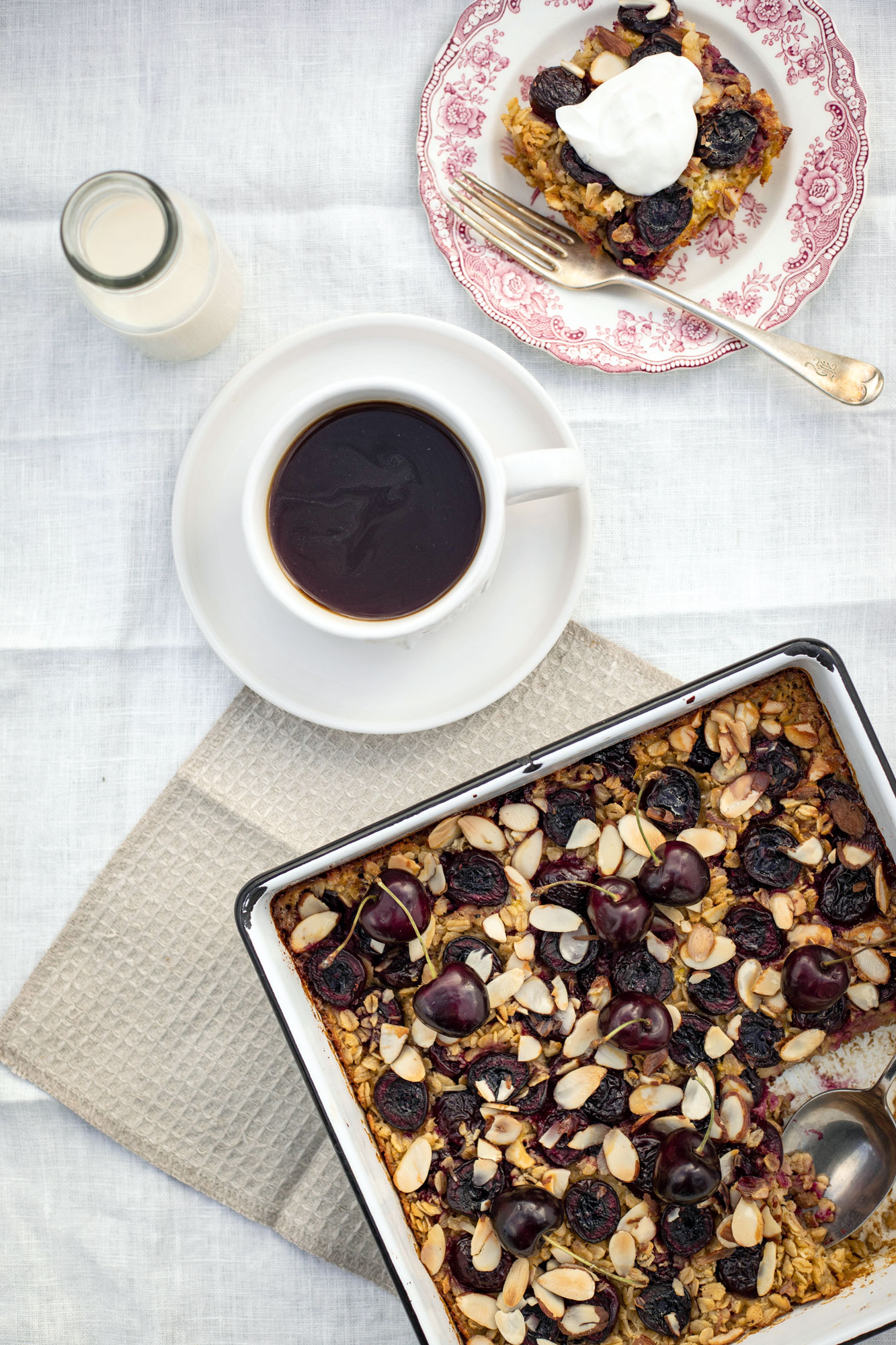 cherry and almond baked oatmeal for a healthy, gluten-free breakfast