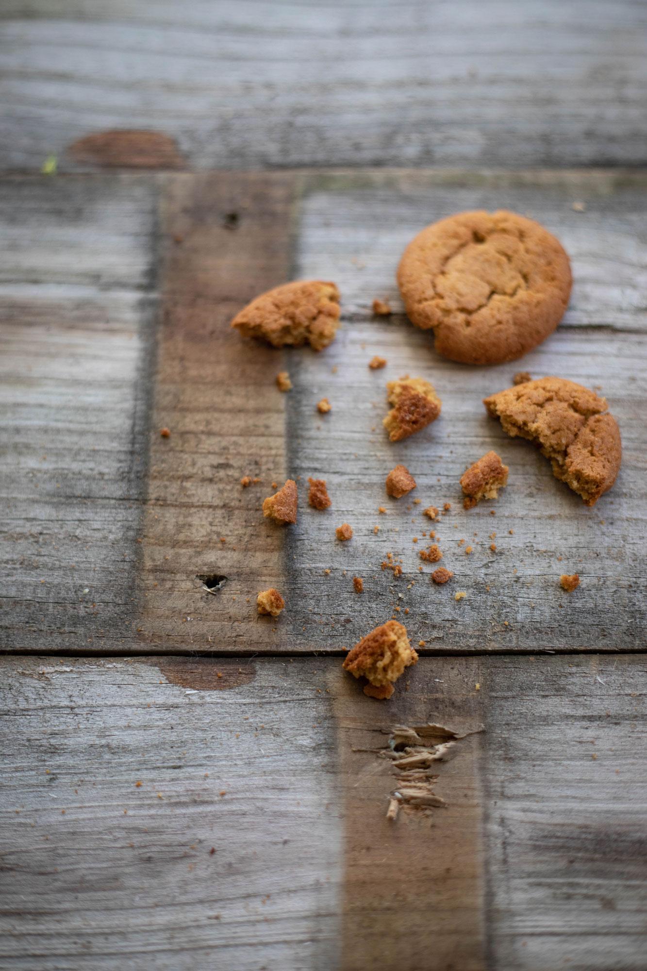 Gingersnap crumbs for mango gingersnap tart