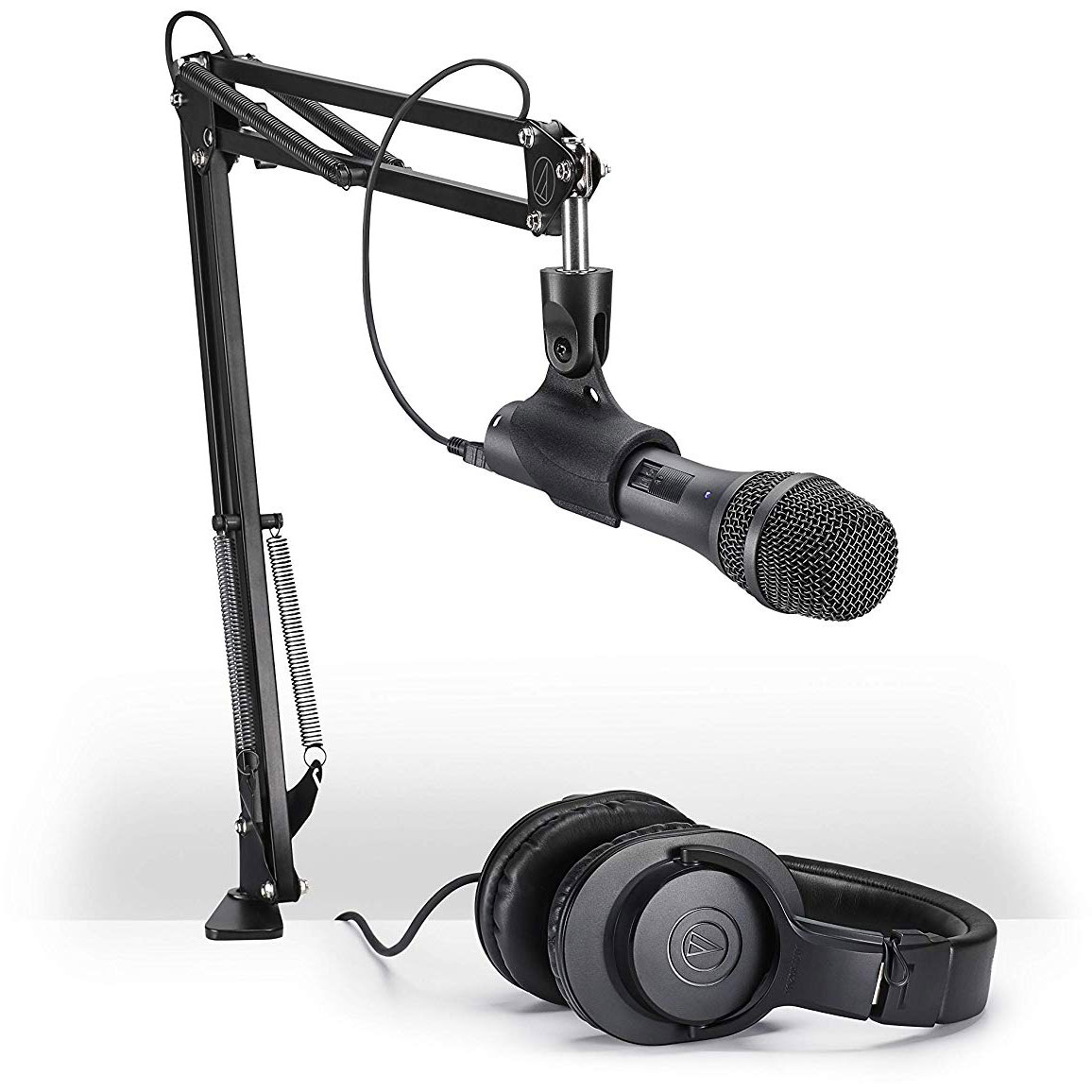Example of a good USB microphone setup.    Click HERE for Marcus' podcasting equipment recommendations.