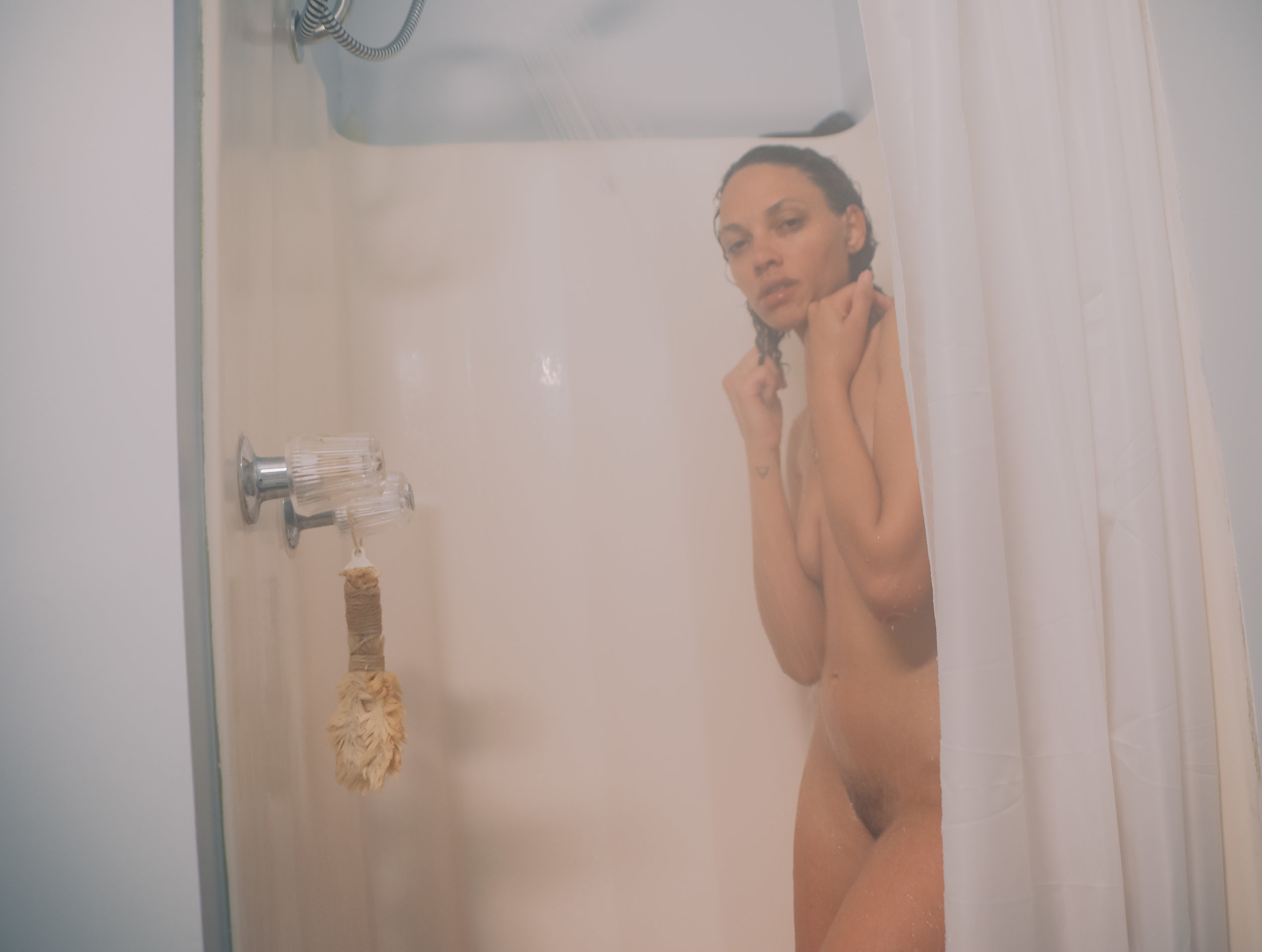 2019.03-Eunique Deeann-poetry-shower-18.jpg