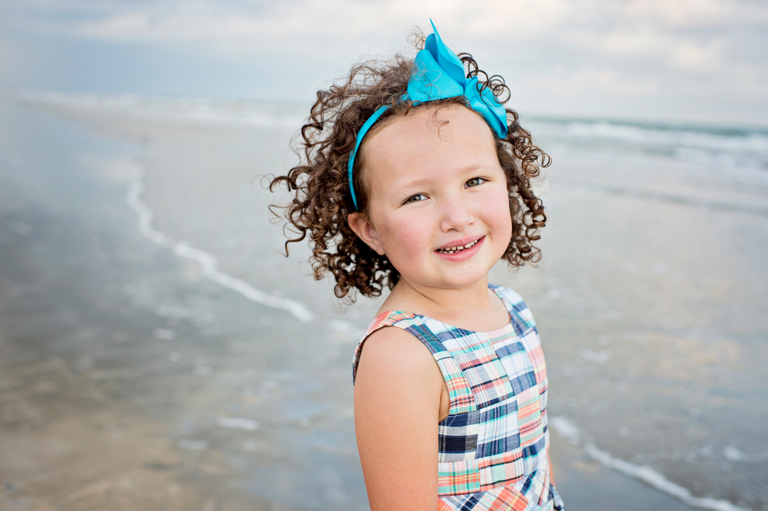 beach-child-girl-photographer-houston.jpg