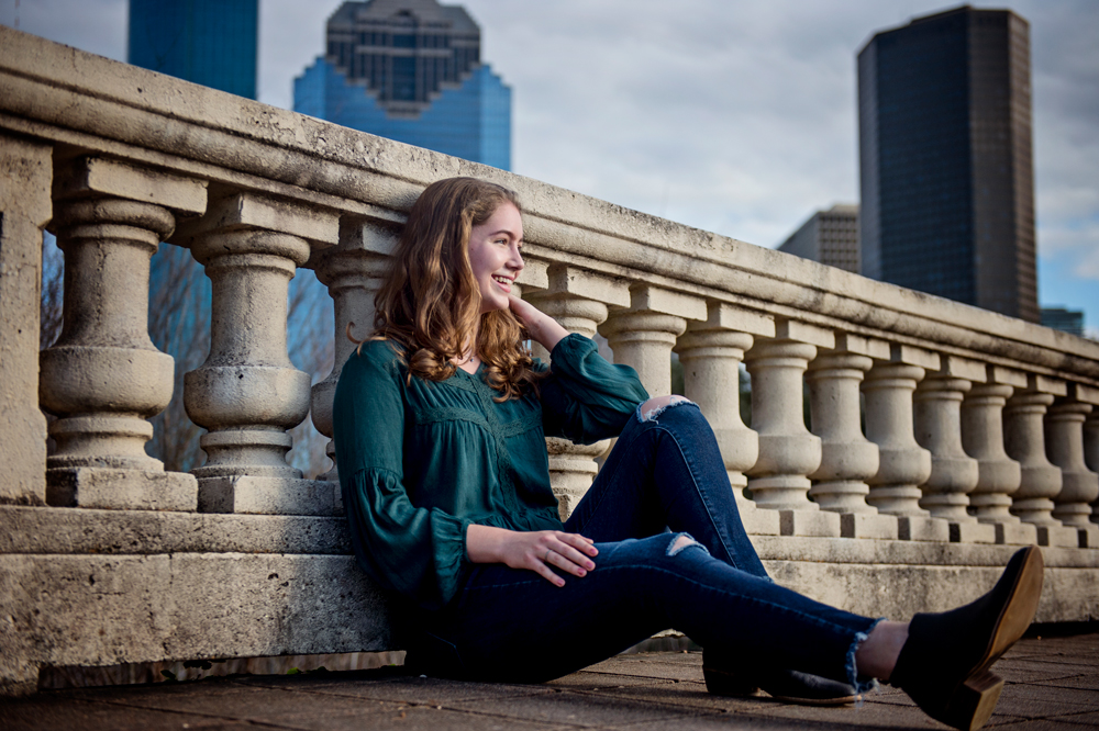 downtown-houston-senior-photographer-sabine-street.jpg