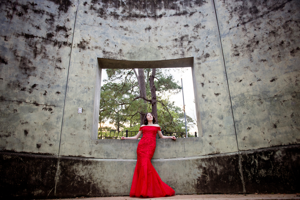 water-wall-houston-texas-senior-photos.jpg