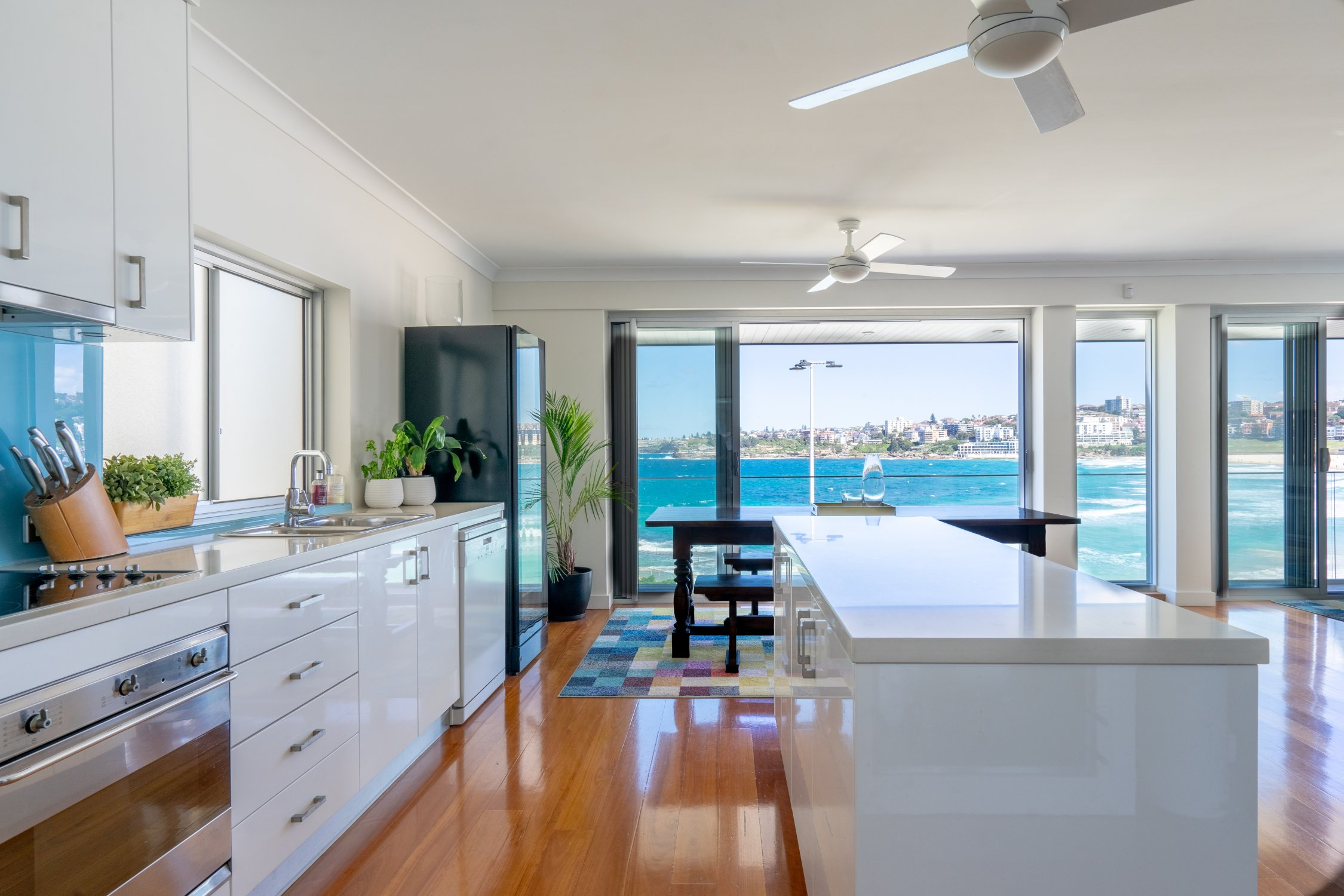 Kevin's place beachfront apartment. Bondi Beach Holiday Homes11.jpg