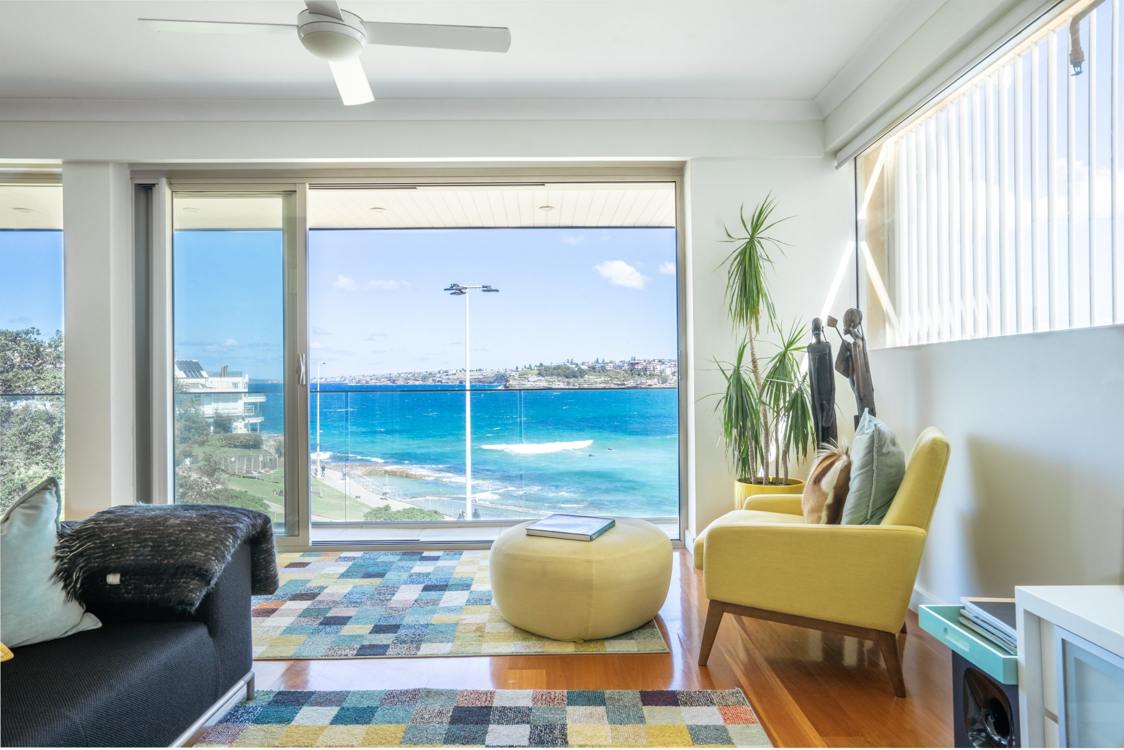 Kevin's place beachfront apartment. Bondi Beach Holiday Homes14.jpg