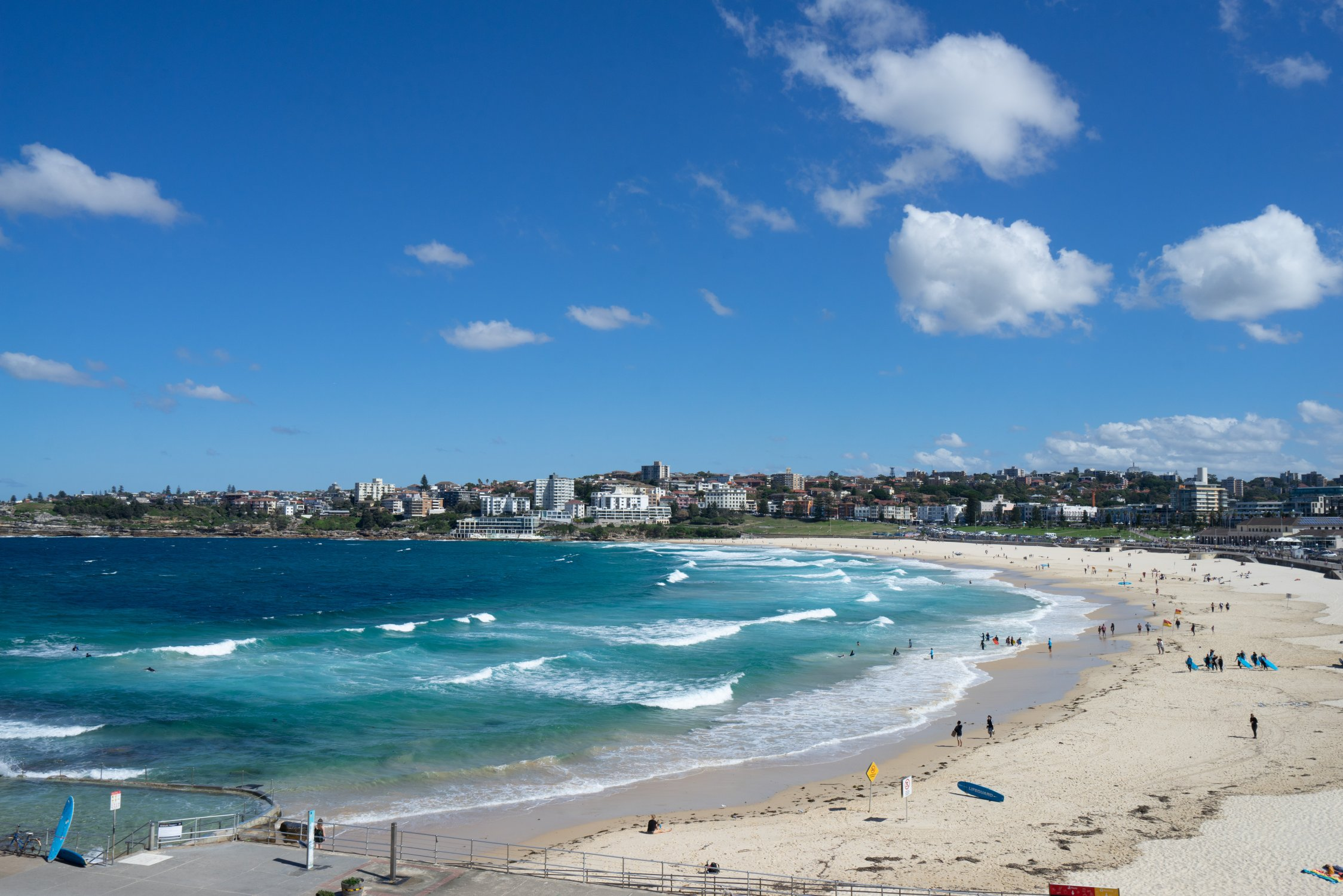 Kevin's place beachfront apartment. Bondi Beach Holiday Homes21.jpg