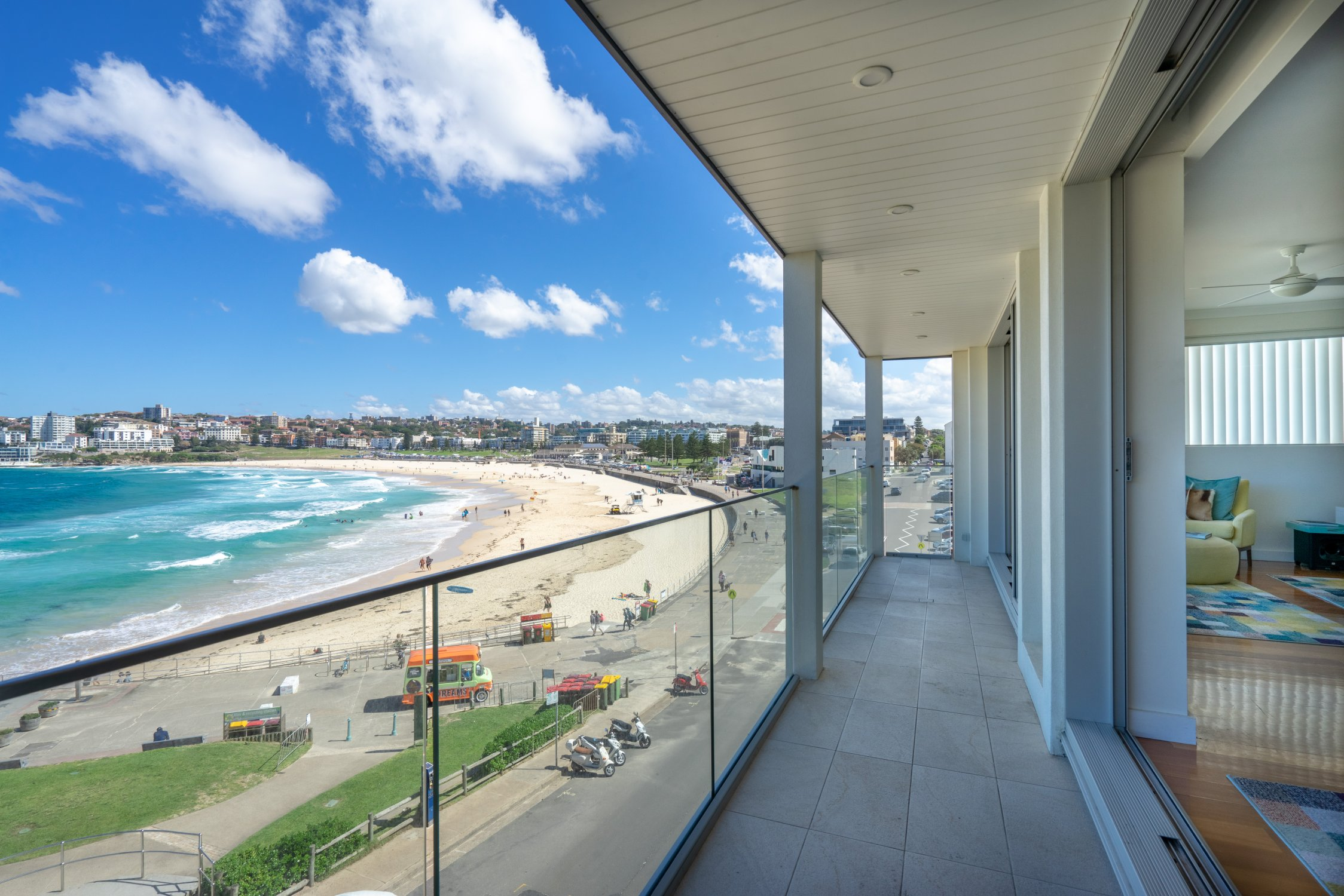 Kevin's place beachfront apartment. Bondi Beach Holiday Homes22.jpg