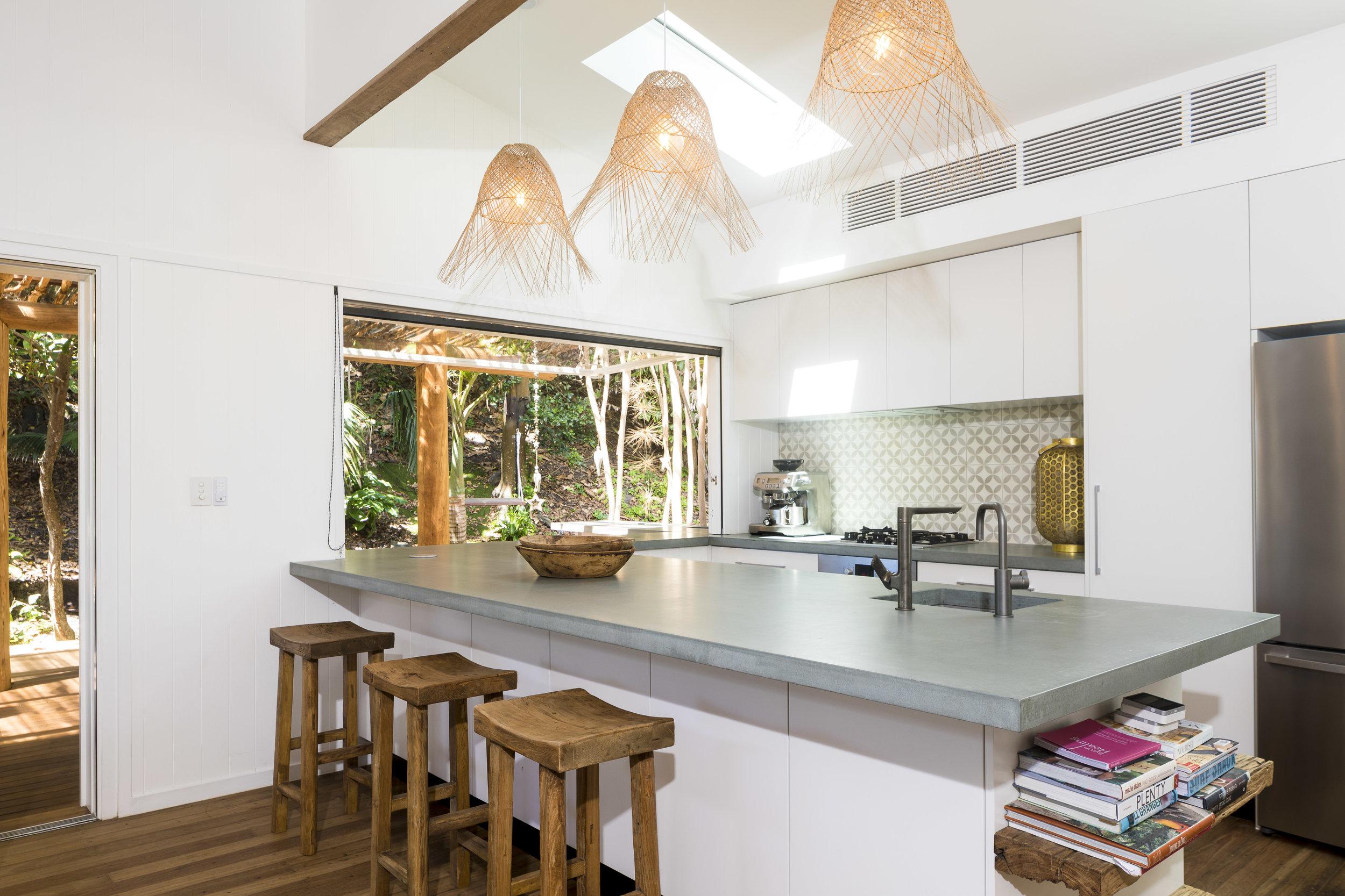 Eternity Beach House-Belongil Holiday House18.jpg