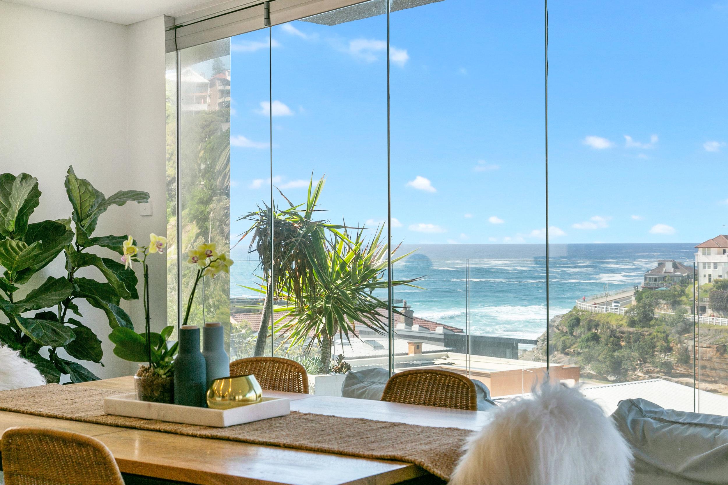 The Penthouse Tamarama ocean view. Bondi Beach Holiday Homes3.jpg