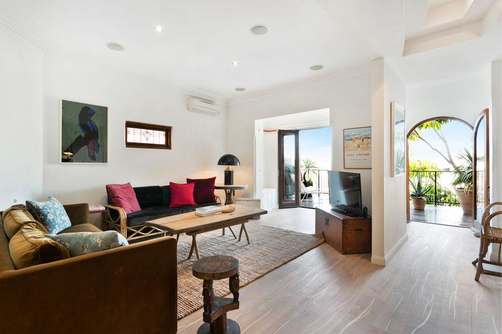 Villa tamarama Ocean View. Bondi Beach Holiday Homes9.jpg