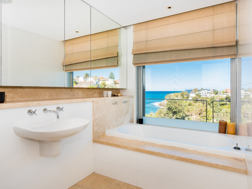 Coogee Luxe. Bondi Beach Holiday Homes6.JPG