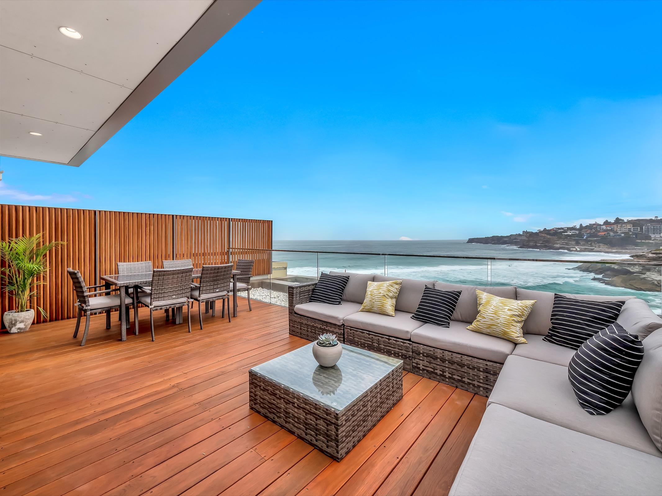 Beachfrotnt Penthouse Tamarama. Bondi Beach Holiday Homes7.jpg