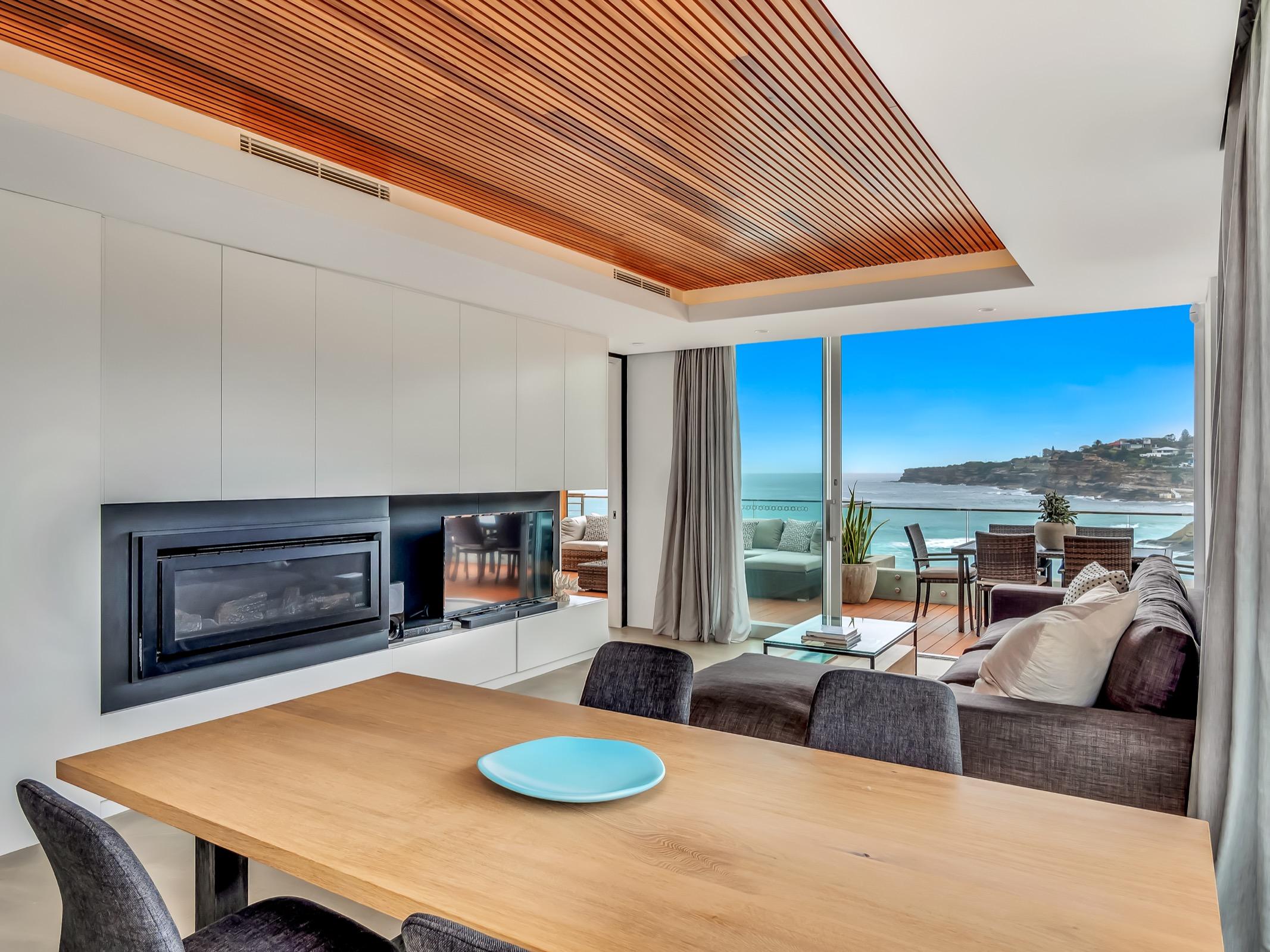Beachfront Suite Tamarama. Bondi Beach Holiday Homes14.jpg