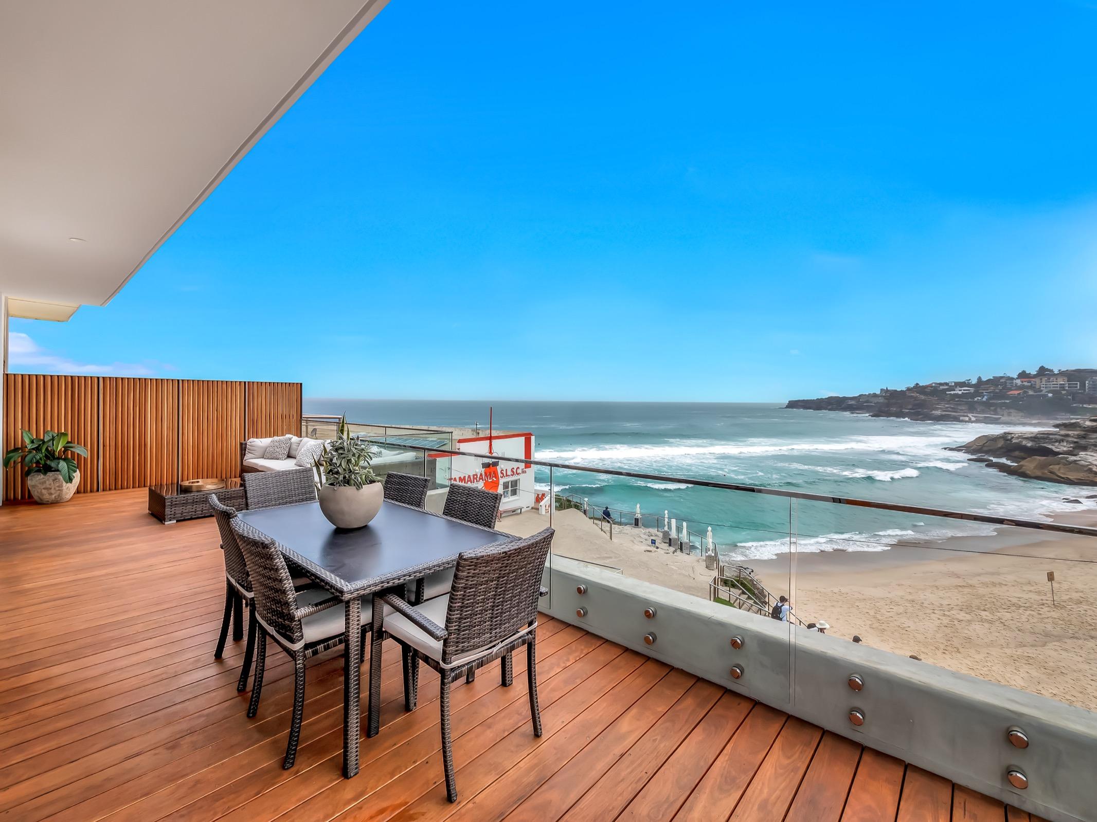 Beachfront Suite Tamarama. Bondi Beach Holiday Homes15.jpg