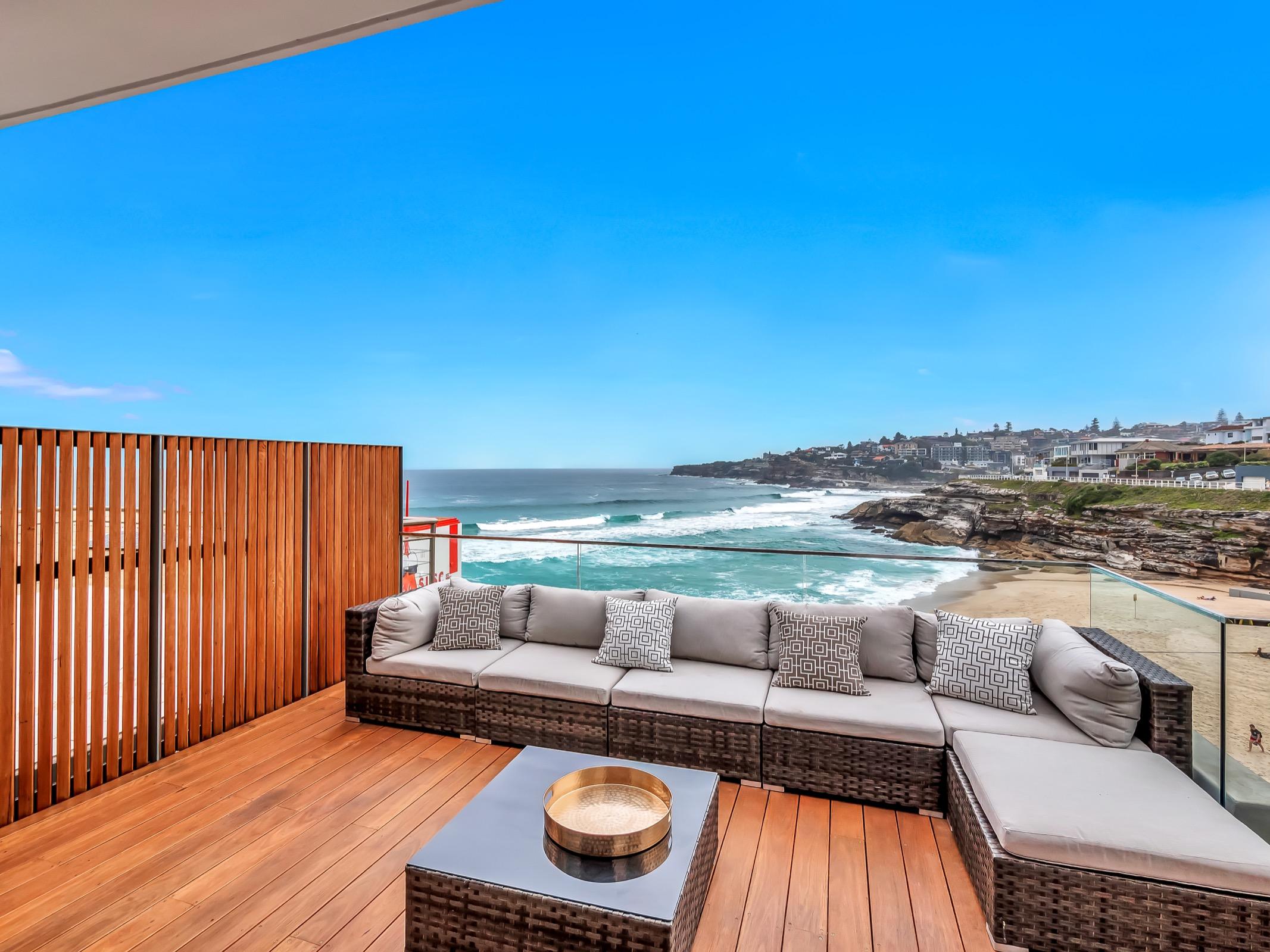 Beachfront Suite Tamarama. Bondi Beach Holiday Homes18.jpg