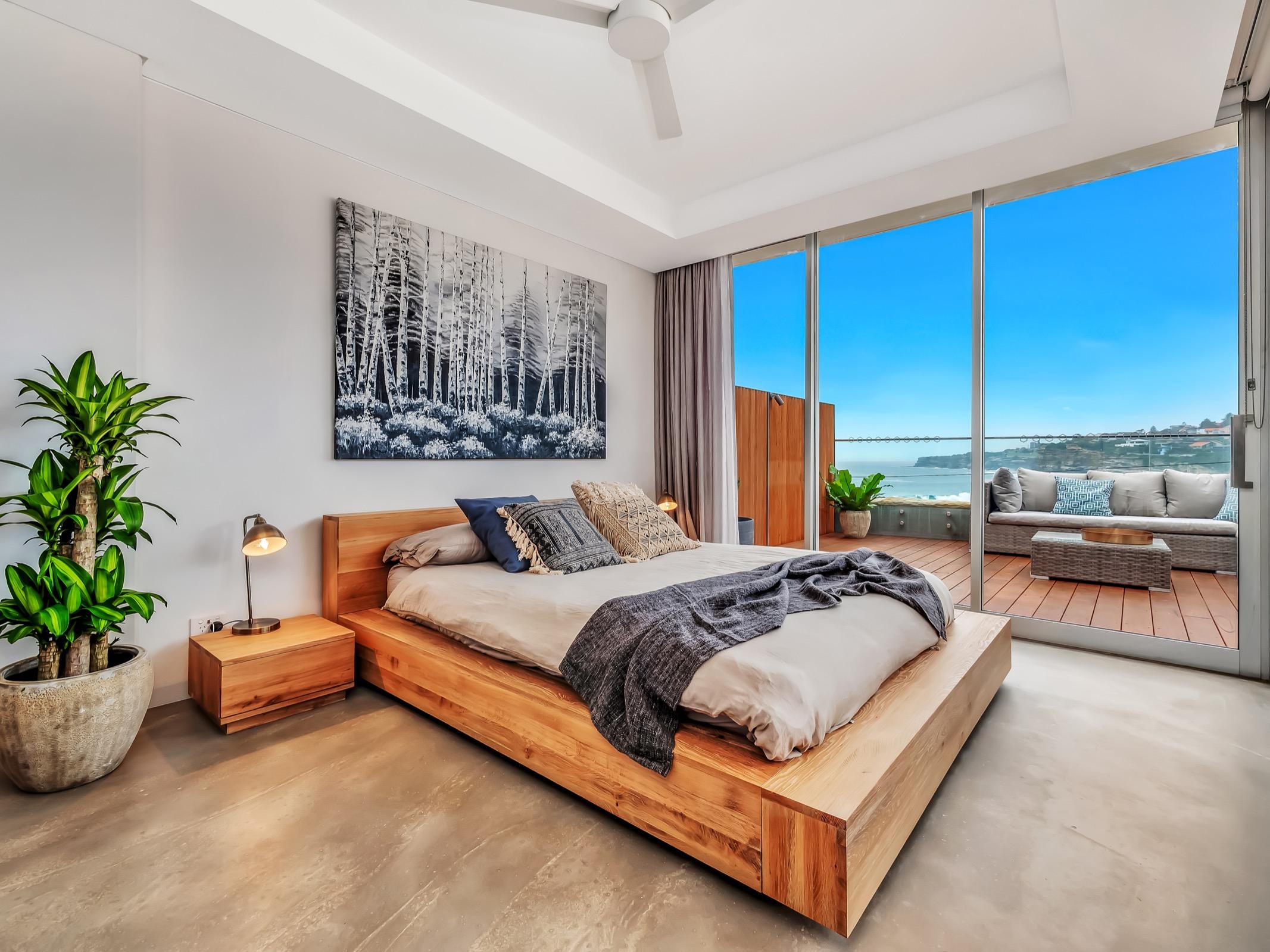 Beachfront Tamarama Residence. Bondi Beach Holiday Homes1.jpg